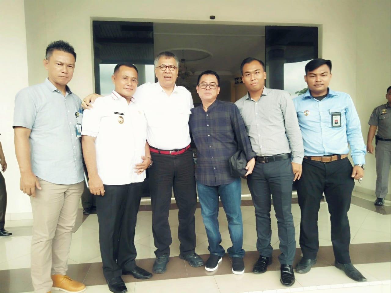 Alzier Silaturahmi Ke Nanang, dan Nyatakan Dukungan Nanang Ermanto Lanjutkan Bupati Lamsel