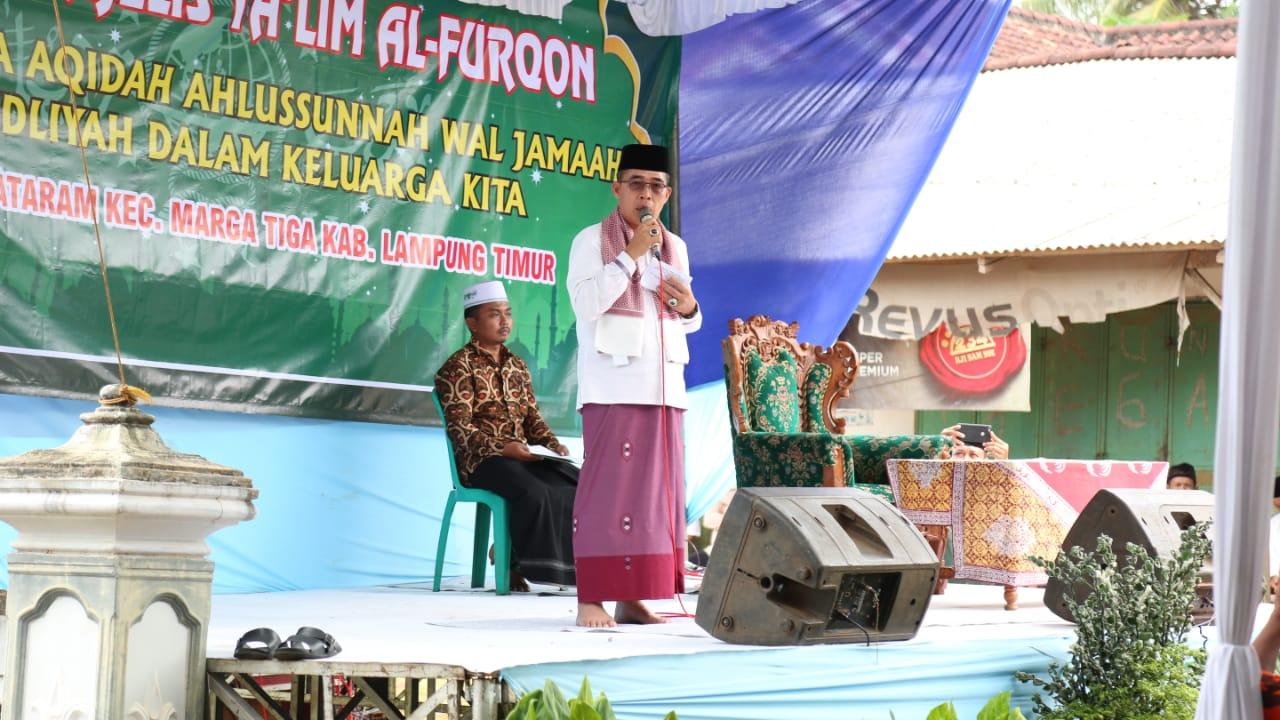 Bupati Zaiful Hadiri Pengajian Rutin Desa Surya Mataram