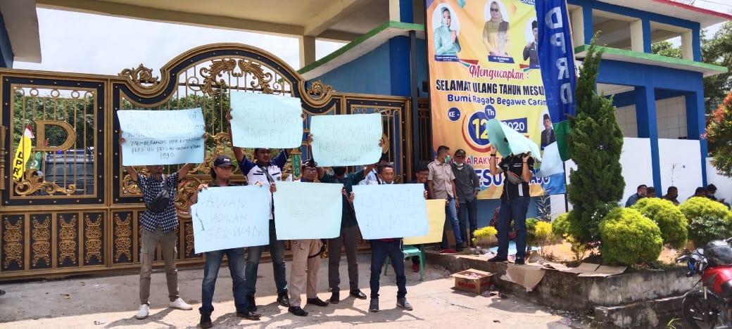 Rapat Pemilihan Wabup Mesuji Tertutup Bagi Wartawan,DPRD Mesuji Terkesan Mentahkan UU Pers No 40