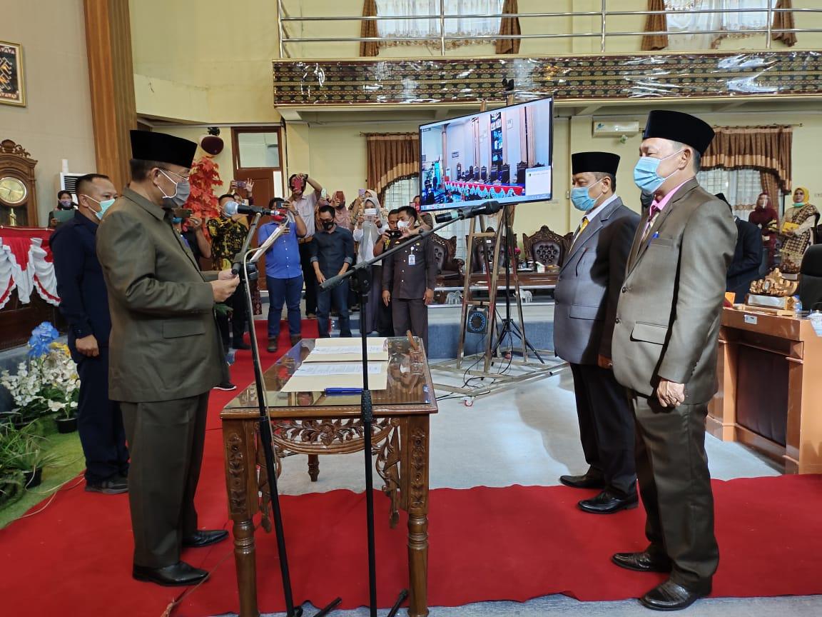 Faisal Risa Dan Fahrul Alamsyah Resmi Anggota DPRD Lamtim Periode 2019-2024